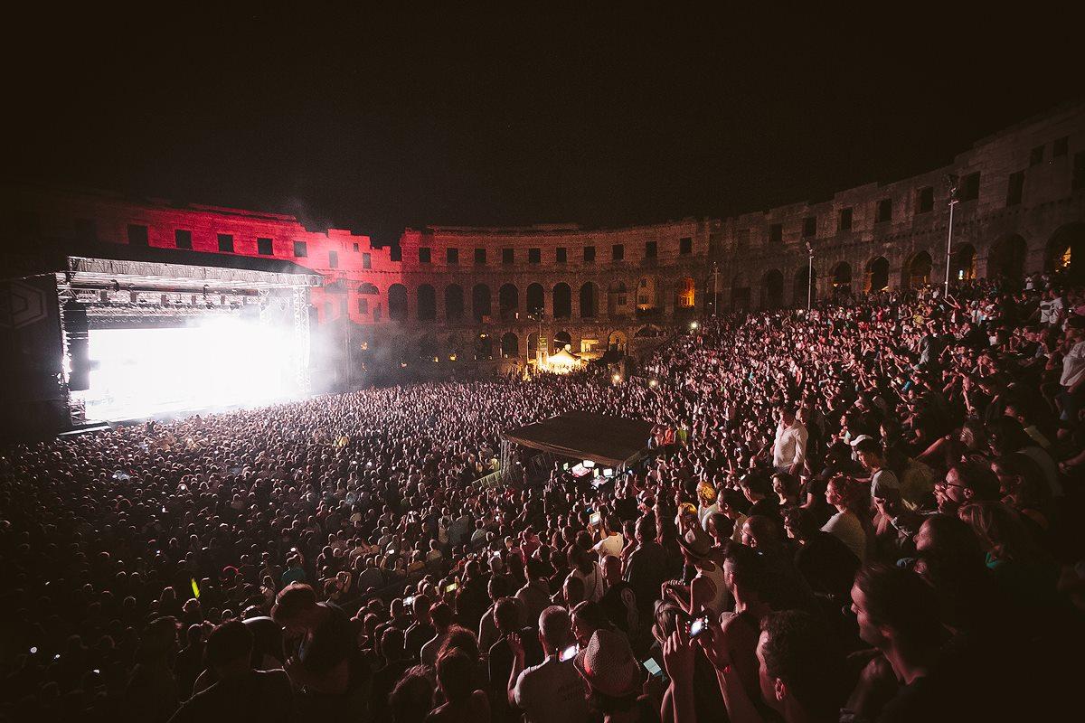Massive Attack Featured