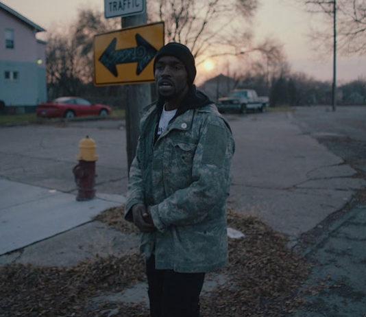 Black to Techno dokumentarac